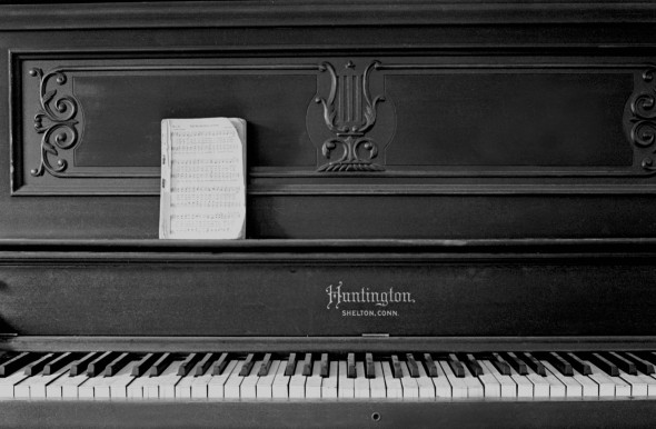 Huntington piano